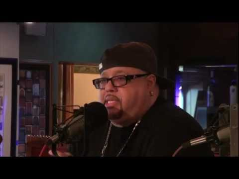 Fred Hammond's process before writing a song