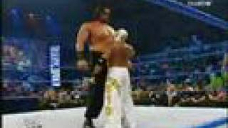 getlinkyoutube.com-Rey Misterio vs Gran Khali