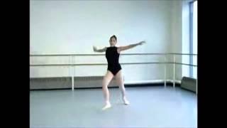 40代からはじめるバレエ ピルエット&グランジュテ(正しくはクランパドシャでした) 上級者との比較 スローモーション