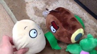 getlinkyoutube.com-Plants vs Zombies Plush: Big Trouble, Little Zombie!