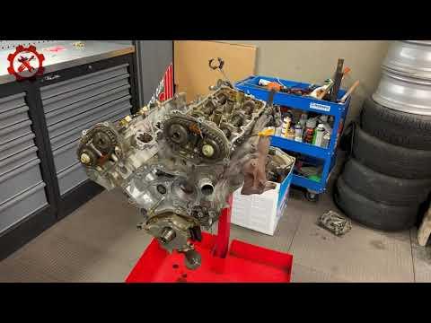 Мотор с NISSAN MAXIMA VQ20 на замену прокладки ГБЦ