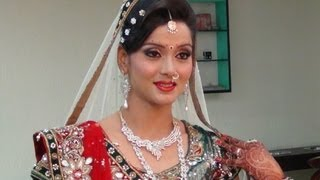 getlinkyoutube.com-Indian Bridal Makeup And Hairstyle - Off White, Gold And Green Look