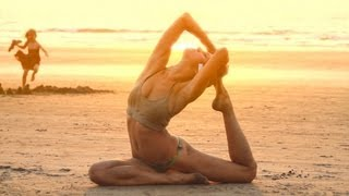 getlinkyoutube.com-Yoga. Sex on the beach
