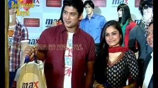 getlinkyoutube.com-Siddharth Shukla & Toral Rajputra of ''Balika Vadhu'' unveils Max Festive collection 2013 Part-2