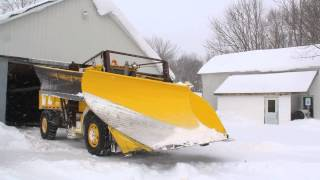 getlinkyoutube.com-Plow Chasing Tug Hill - Town of Worth