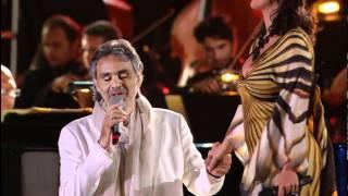 getlinkyoutube.com-Andrea Bocelli & Laura Pausini - Dare To Live * HD * (Vivere Live In Tuscany 2008)