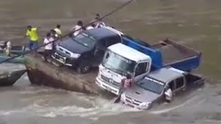 getlinkyoutube.com-Car fails in water [ SINKING VEHICLES COMPILATION]