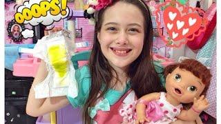 getlinkyoutube.com-CUIDANDO DA BABY ALIVE JESSIE - Julia Silva