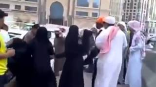 getlinkyoutube.com-Thread  Saudi men hitting some girls fight in saudi arabia   Reality Check