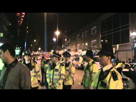 Pakistani Girls Fighting with London Police ON 14 Aug 2010 On Green Street Faysal Afzal