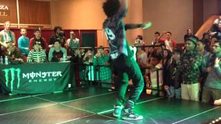 LES TWINS | Larry vs. Laurent All Styles Final Battle World Of Dance - WOD SD 2013