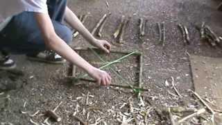 getlinkyoutube.com-Конструкции простых ловушек на дичь Силки из подручных материалов Бушкрафт