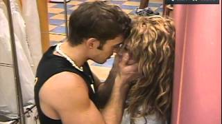 getlinkyoutube.com-BESAME William  levy y  Elizabeth gutierrez.wmv