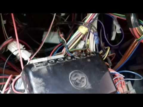 Где у VAZ 2110 находится предохранитель сигнализации