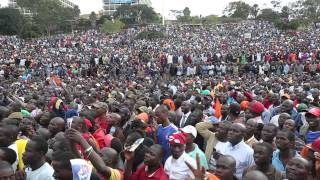 getlinkyoutube.com-Supporters listen to Raila Odinga's speech at SabaSaba Rally