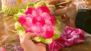 getlinkyoutube.com-DIY - Tapete de barbante Professora Simone (Flores em Crochê)
