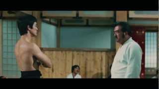 Chen Zhen (Bruce Lee) against Japanese