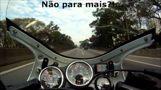 getlinkyoutube.com-RD350 225 km/h Serrano Racing Black Bullet