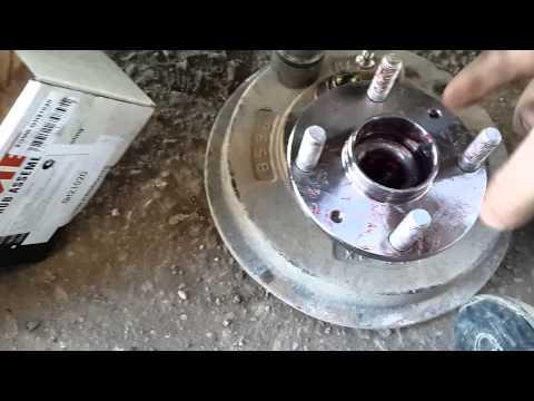 Замена ступичного подшипника mazda.(Replacing the wheel bearing))