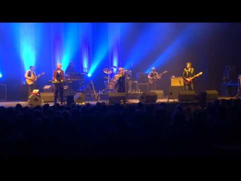 Rumours of Fleetwood Mac- Go Your Own Way (Live At Plymouth Pavillions on the 6th February 2013)