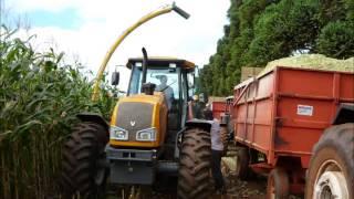 getlinkyoutube.com-silagem 2012 milho fazenda