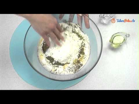 Przepis na ziołowo - czosnkowe ciasto do pizzy