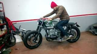 getlinkyoutube.com-BMW R 100 RT special boxer twin scrambler cafe racer