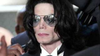 michael jackson died :(   (BUT WE ALL LOVE HIM)