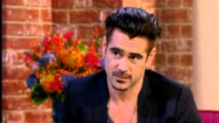 getlinkyoutube.com-Colin Farrell makes Holly Willoughby Blush - This Morning
