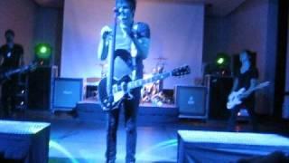 getlinkyoutube.com-Boys Like Girls - Hero Heroine (Live)