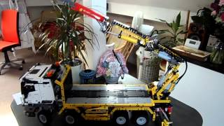 getlinkyoutube.com-Technic 42043 Mercedes Truck Crane