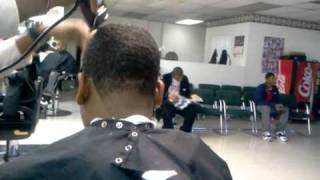 getlinkyoutube.com-THE FASTEST BARBER IN THE WORLD