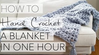 getlinkyoutube.com-How to Hand Crochet a Blanket in One Hour - Simply Maggie