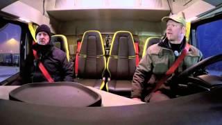 getlinkyoutube.com-Volvo Trucks vs Volvo FH 16 750 HP 3550 NM - 750 Tonnes