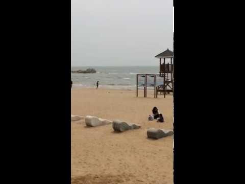 """Платный пляж """"Камень тигра"""" в центре Бэйдайхэ"""