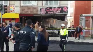 Elbistan'da freni boşalan asfalt kamyonu dehşet saçtı