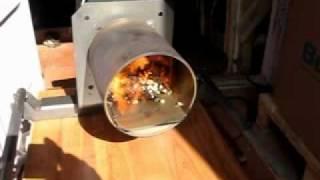 Видео работы пеллетной горелки Pelltech.avi