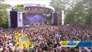 getlinkyoutube.com-Lady Gaga - Bad Romance  (Good Morning America) Live 2011