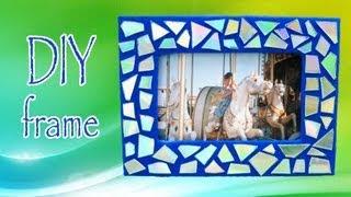 getlinkyoutube.com-DIY ROOM DECOR ❤ Make a mosaic frame with old CDs!