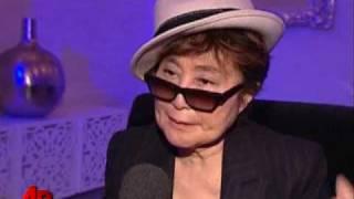 getlinkyoutube.com-Tearful Yoko Ono Still Haunted by Lennon's Death