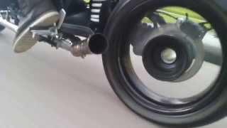 getlinkyoutube.com-BMW Nine T Bobber Custom Exhaust