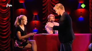 getlinkyoutube.com-Jennifer Hoffman 9 oktober 2011 Mag ik u kussen Bart Cannaerts betast borsten