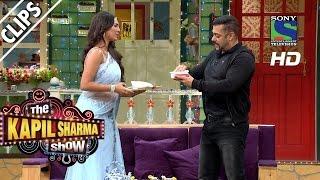 Salman Ke liye, Lottery Ki Haatho Ki Sevai - The Kapil Sharma Show -Episode 23 - 9th July 2016