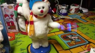 """getlinkyoutube.com-Gemmy Animated Snowflake Spinning """"Frosty The Snowman"""" (3 models)"""