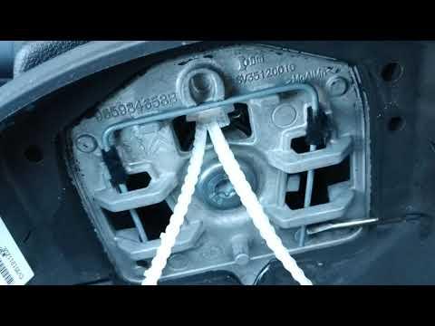 Как снять руль Peugeot 308 Пежо