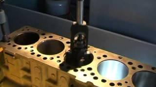 getlinkyoutube.com-Automatic hydraulic honing machine-Zylinderhonmaschine-Glasseuse de cylindres