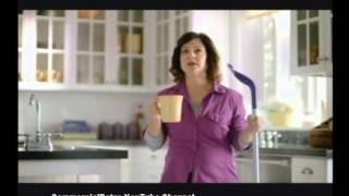 getlinkyoutube.com-Swiffer Wet Jet Better Clean 2012 Commercial
