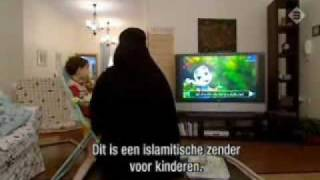 getlinkyoutube.com-A Day Into The Life Of A Muslim Wife In Saudi Arabia 1/2. Islam Honours & Respects Women's Virtues