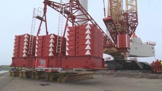 getlinkyoutube.com-Liebherr - LR 11350 crawler crane with PowerBoom