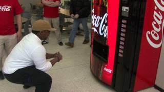 getlinkyoutube.com-Coke Machine of Happiness at Boston College